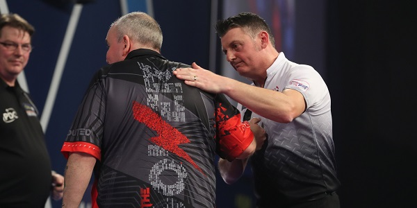 Phil Taylor & Justin Pipe (Lawrence Lustig, PDC)