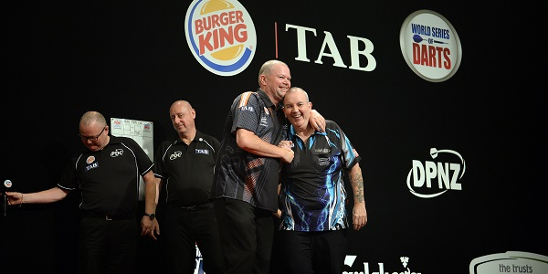 Raymond van Barneveld & Phil Taylor - Auckland Darts Masters, presented by TAB & Burger King (Photosport, PDC)
