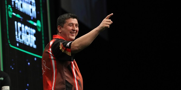 Mensur Suljovic - Unibet Premier League, Berlin (Lawrence Lustig, PDC)