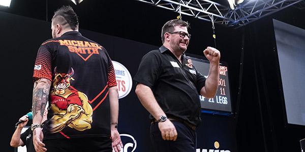 Michael Smith, James Wade at World Series of Darts Finals final (PDC)