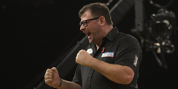 James Wade (Lawrence Lustig, PDC)