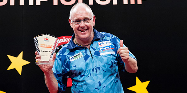 Ian White (Kelly Deckers, PDC)