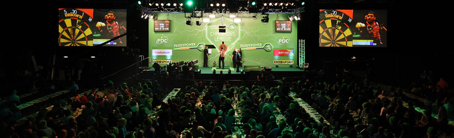 Champions League crowd (Chris Dean, PDC)
