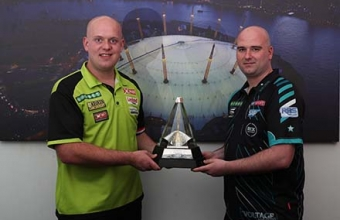 Van Gerwen and Cross (Lawrence Lustig, PDC)