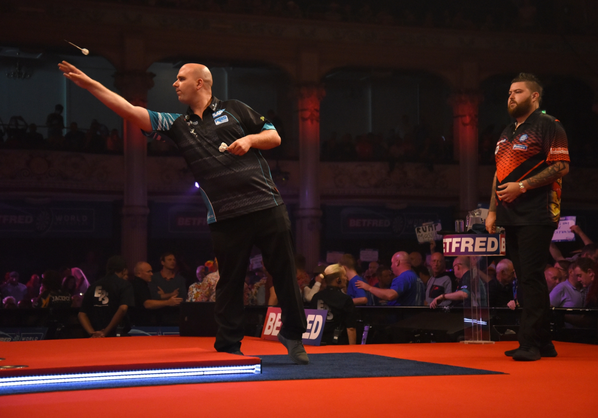 Rob Cross, Michael Smith (Chris Dean, PDC)