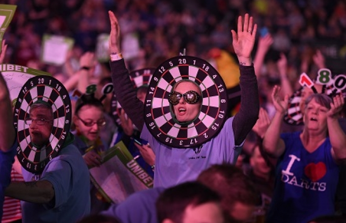Fan at the Unibet Premier League (Michael Cooper, PDC)