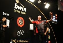 Phil Taylor (Mark Robinson, PDC)