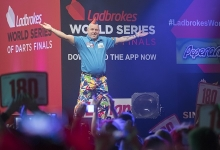 Peter Wright - Ladbrokes World Series of Darts Finals (Steve Welsh)
