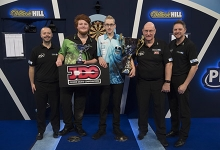 Jurjen van der Velde, Lennon Craddock and PDC Officials (Lawrence Lustig, PDC)