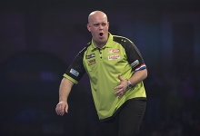 WINNER!  Michael van Gerwen wins Players Championship 1 with an 8-4 victory over Jermaine Wattimena to maintain his unbeaten start to 2019!  #PDCProTour